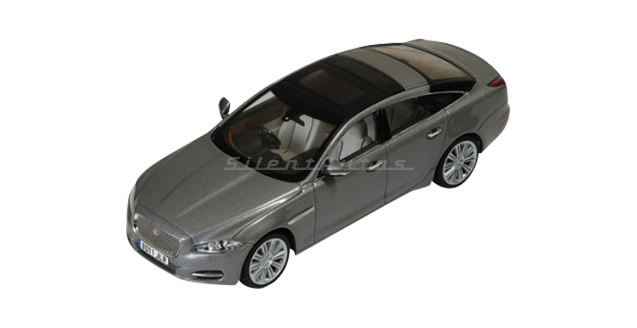 Jaguar Scale Models XJ Stratus Grey 1:43 IXO MOC149