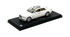 Rolls Royce Ghost Extended Wheel Base White1:43 Kyosho KY05551EW