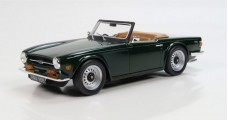 Triumph TR6 dark green 1970 1:18 LS Collectibles LS002A