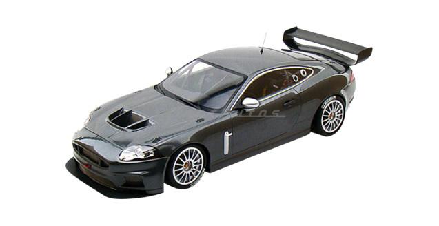 Jaguar XKR GTS Grey 1:18 Minichamps 081390