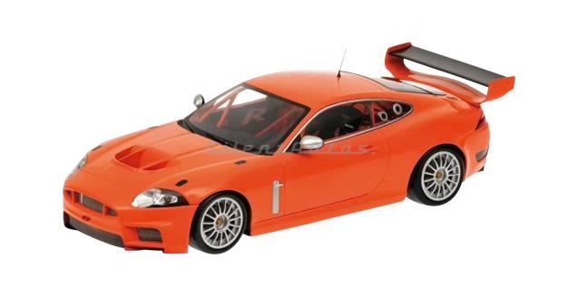 Jaguar Scale XKR GTS Orange 1:18 Minichamps 081391