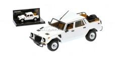 Lamborghini LM002 White 1:43 Minichamps 436103375