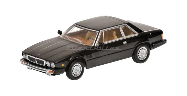 Maserati Kyalami Black 1:43 Minichamps 400123960
