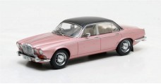 Daimler Double Six Vanden Plas S1 Year 1973 Pink Metallic 1:43 Matrix MX40402-011