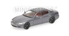 Maserati Quattroporte Sport S 2009 Grey 1:43 Minichamps 400123901