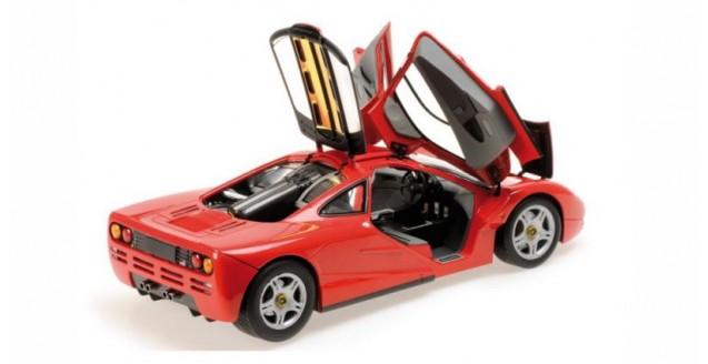 minichamps 530133422 mclaren f1 road car 1993 red 1:18