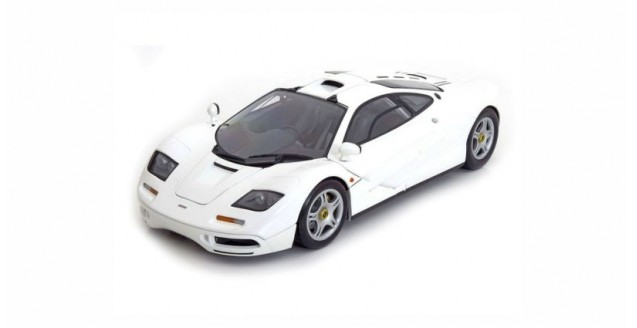 McLaren F1 Road Car 1994 White 1:18 Minichamps 530133424