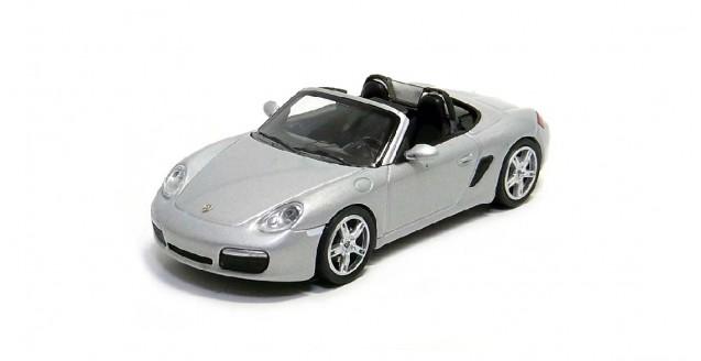 Porsche Boxter 2005 Silver 1:64 Minichamps 640065630