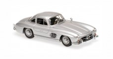 Mercedes-Benz 300 SL Coupe Year 1955 silver 1:43 Minichamps 940039000