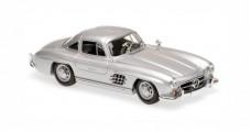 Mercedes-Benz 300 SL Coupe Year 1955 silver 1:43 Minichamps 940039000