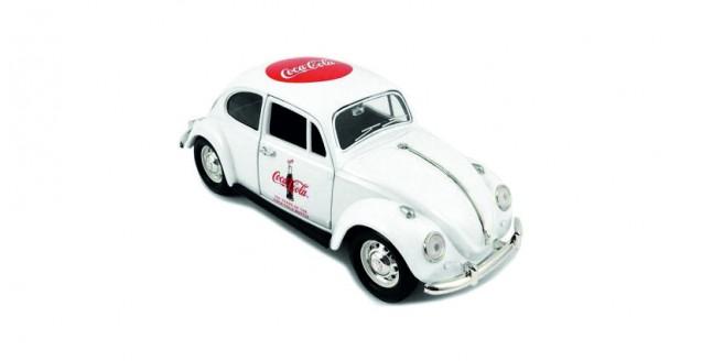 Coca-Cola 1967 VW Beetle '100 Years Celebration' White 1:24 Motorcity Classics 478966