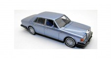 Rolls Royce Silver Spirit Light Blue 1980 1:43 Neo 44205