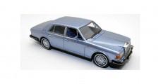 Rolls Royce Silver Spirit Light Blue 1980 1:43 Neo 44205