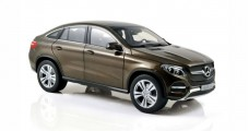 Mercedes-Benz GLE-Klasse C292 Coupe 2015 Brown Metallic 1:18 Norev B66960359