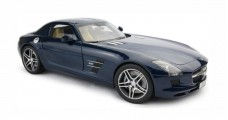 Mercedes SLS AMG C197 Metallic Dark Blue 1:12 Premium Classixxs 10601