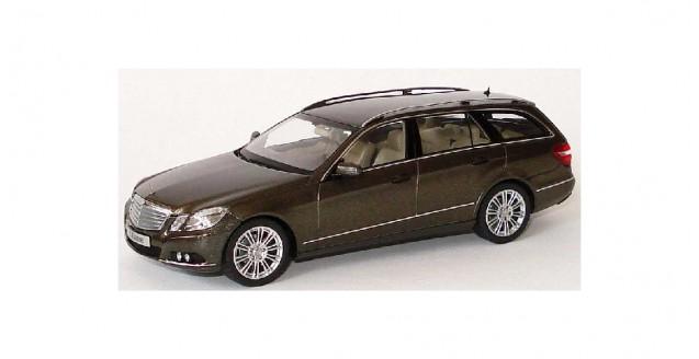 Mercedes-Benz E-Klasse T-Model S212 Iridium Grey 1:43 Schuco B66962446