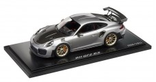 Porsche 911 GT2 RS Model Car Silver Metallic (Limited Edition) 1:18 Spark WAP0211510J