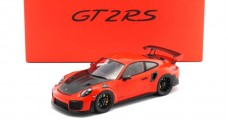 Porsche 911 (991) GT2 RS 2017 Lava Orange with Case 1:18 Spark WAX02100036