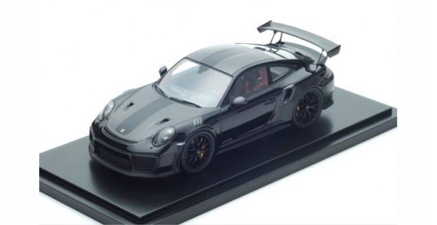 Porsche 911 (991 II) GT2 RS Weissach Package Black 1:18 Spark WAX02100038