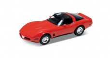 Chevrolet Corvette 1982 Red 1:18 Welly 12546W