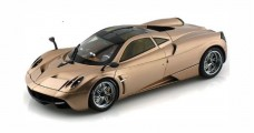 Pagani Huayra Gold 1:18 Welly GTA WEL11007MB-GO
