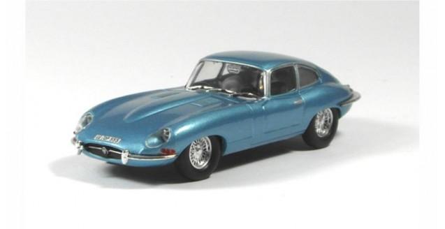 Jaguar E-type 1961 Metallic Light Blue 1:43 WhiteBox WB080