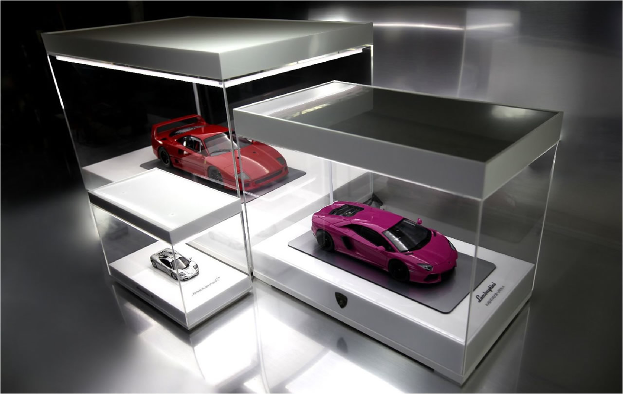 Illuminated Display Cases For Scale Models By Silent Autos